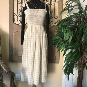Lush (Nordstrom) Mid smocked dress